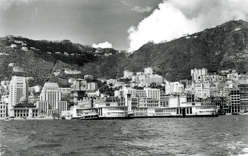 http://www.we-enhance.com/Images/hk-harbour-1960.jpg
